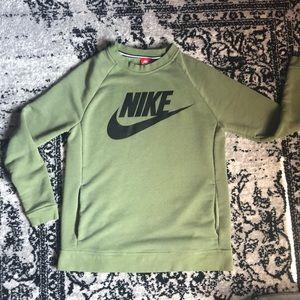 Nike Crewneck Sweater